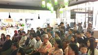Kamis tanggal 1 Juni 2017, di Cozyfield Pondok Indah Mall, diluncurkan buku Beyond Marketing, Growth & Sustainability karya Dr. Jony Oktavian Haryanto, yang diterbitkan oleh Kepustakaan Populer Gramedia.