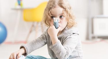 Studi terbaru mengungkap, ibu hamil yang mengonsumsi sayuran hijau selama trimester pertama kehamilan membantu mencegah janin mengidap asma nantinya. (iStockphoto)