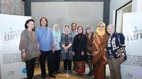 Konferensi pers Opera Ainun digelar di Kopi Kalyan Jakarta. (27/4). Kisah hidup Ainun Habibie bakal dipentaskan kembali ke panggung opera dalam versi yang lebih panjang. (Liputan6.com/pool/Opera Ainun)
