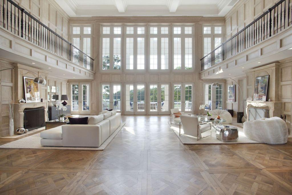 Penasaran bagaimana mewahnya rumah pasangan Jay Z dan Beyonce? Simak di sini.