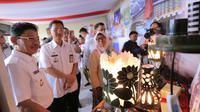 UMKM Tangerang menggunakan media online untuk pasarkan produknya. (Liputan6.com/Pramita Tristiawati)