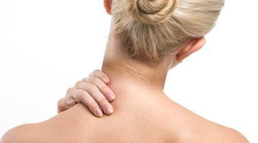 STOK A - 7 Penyebab Leher Hitam dan Cara Mengatasinya yang Tepat