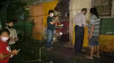 Jenazah korban dibawa ke Rumah Sakit Bhayangkara Manado, sekitar pukul 23.55 Wita.