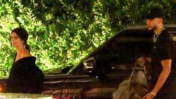 Dilansir dari ETonline, Kendall dan Ben terlihat menghabiskan waktu romantis mereka di Waldorf Astoria, Beverly Hills. (Extra)