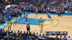 Berita video game recap NBA 2017-2018 antara Golden State Warriros melawan Oklahoma City Thunder dengan skor 111-107.
