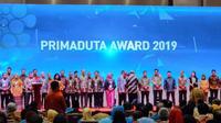 Wakil Presiden RI Jusuf Kalla menganugerahkan Primaduta Award saat pembukaan TEI ke 34 tahun 2019. Dok Konjen KJRI Jeddah