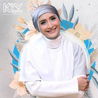 Mahalnya kesetiaan Inneke Koesherawati. (Foto: Nurwahyunan/Bintang.com Desain: Muhammad Iqbal Nurfajri/Bintang.com)