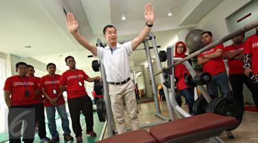 Chairman of EIM ASEAN Chapter Benedict Tan saat memberikan pelatihan kepada sejumlah dokter di Senayan, Jakarta, Kamis (26/11/2015). EIM mendorong para dokter untuk menjadikan olahraga sebagai resep untuk pasien. (Liputan6.com/Immanuel Antonius)