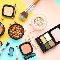 Ilustrasi kosmetik/produk makeup. (Foto: Shutterstock.com/Africa Studio)