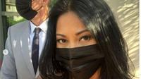 Hadiri Acara Internasional, Anggun Tampil Menawan dengan Kalung Seharga Rp480 Juta. (dok.Instagram @anggun_cipta/https://www.instagram.com/p/CQRln7cljS5/Henry)