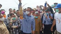Menteri Kelautan dan Perikanan Edhy Prabowo saat berkunjung ke Pulau Popongan, Balak-balakang, Mamuju (Liputan6.com/Abdul Rajab Umar)