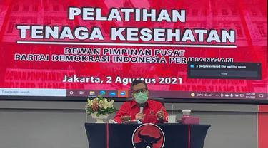Sekjen PDIP Hasto Kristiyanto Buka Pelatihan Tenaga Kesehatan.