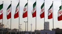 Bendera Iran (Atta Kenare / AFP PHOTO)