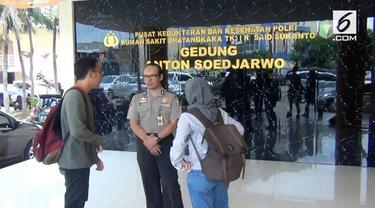 RS Polri Kramatjati menerima tulang belulang yang diduga korban jatuhnya pesawat Lion JT 610. Penemuan tulang tersebut bersamaan dengan penemuan CVR pesawat. Tim DVI langsung melakukan identifikasi terhadap tulang belulang tersebut