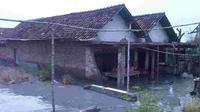 2 Desa di Sidoarjo terancam tergenang lumpur setelah tanggul Lapindo jebol. (Liputan6.com/Dian Kurniawan)