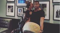 Chrissy Teigen dan John Legend [foto: instagram/chrissyteigen]