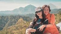 Potret Kedekatan Natasha Wilona dan Sang Ibunda. (Sumber: Instagram.com/natashawilona12)