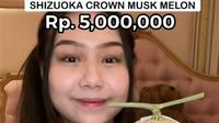 Sisca Kohl mengulas melon seharga Rp5 juta. (dok. tangkapan layar Instagram @siscakohl)
