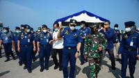 Menteri Perhubungan Budi Karya Sumadi dalam kunjungan kerjanya ke Pelabuhan Batu Ampar, Batam, Provinsi Kepulauan Riau, Kamis (25/2/2021). (Dok Kemenhub)
