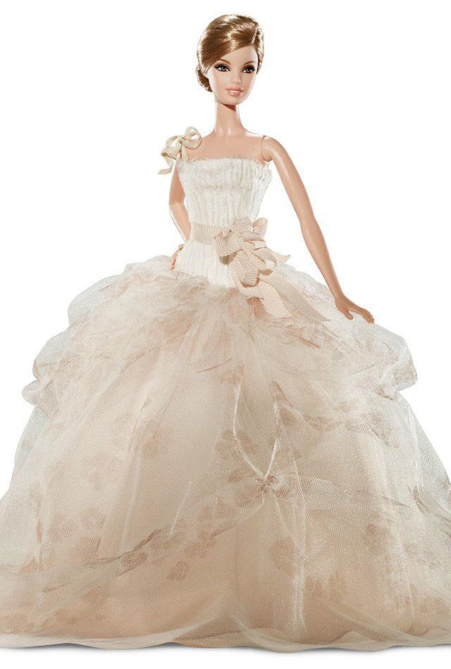 Boneka Barbie Pakai Gaun Pengantin Designer Terkenal Cantik Banget