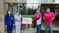KT&G SangSang Universitas Jakarta Beri Donasi Red Gingseng bantu tenaga medis atau perawat Covid-19.
