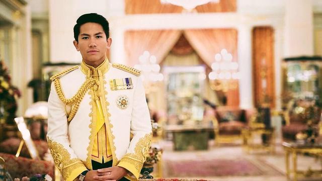Penuh Haru, Pangeran Abdul Mateen Ucap Perpisahan kepada Mendiang Kakak