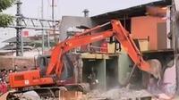 Penggusuran Bukit Duri adalah bagian dari proyek normalisasi kali Ciliwung