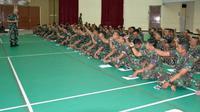 Prajurit Brigif 2 Marinir menerima pelatihan kesiapan psikologi pratugas operasi dari Dinas Psikologi TNI AL (Foto:Liputan6.com/Dian Kurniawan)