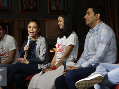 Suasana jumpa pers peluncuran OST ILY from 38.000 FT, Jakarta, Kamis (9/6/2016). Rossa menyanyikan singel Jangan Hilangkan Dia dalam OST tersebut. (Liputan6.com/Herman Zakharia)