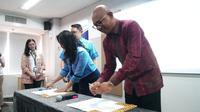 PT MRT Jakarta dan PT Blue Bird Tbk secara resmi menandatangani Nota Kesepahaman terkait studi pengembangan layanan transportasi terintegrasi serta pemesanan dan pembayaran tiket MRT Jakarta bagi pengguna MRT Jakarta serta Bluebird