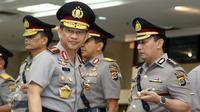 Kapolri Jenderal Tito Karnavian memimpin upacara pelantikan dan serah terima jabatan di Rupatama Mabes Polri, Jakarta, Rabu (12/10). Sejumlah pejabat utama di korps bhayangkara hadir dalam pelantikan kali ini. (Liputan6.com/Helmi Afandi)
