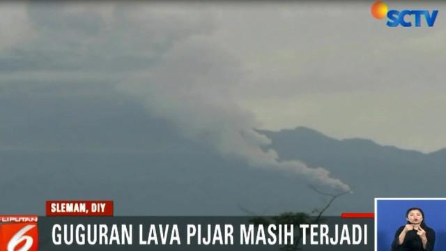 Peningkatan aktivitas Merapi terjadi akibat masih terus berlangsungnya pertumbuhan kubah lava di Puncak Gunung Merapi.