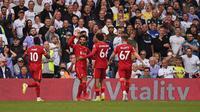 Mohamed Salah rayakan gol untuk Liverpool saat menghadapi Leeds United (AFP)