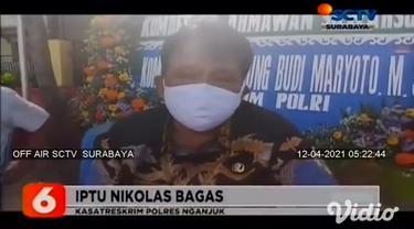 Seorang anak berumur 9 tahun di Nganjuk, Jawa Timur, meninggal dunia diduga akibat ditendang oleh teman sebaya saat bermain. Korban tewas akibat mengalami luka di bagian dada.
