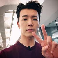 Donghae Super Junior dan Dira Sugandi (Foto: Instagram/leedonghae, Adrian Putra/Bintang.com)