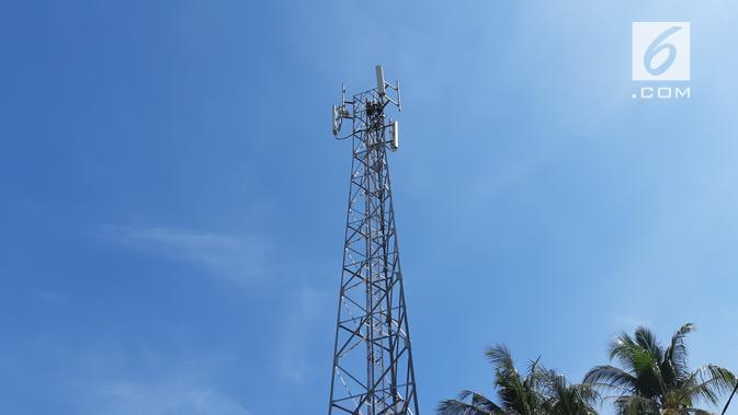BTS 4G LTE milik XL Axiata di Kota Sumbawa, Nusa Tenggara Barat. (Liputan6.com/ Agustin Setyo W).