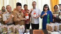 Bupati Sidoarjo Saiful Ilah hadiri pelepasan ekspor perdana frozen meat ke Timor Leste. (Foto:Liputan6.com/Dian Kurniawan)