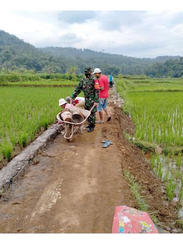 Perbaikan Infrastruktur Jalan Pertanian di Ciamis Dongkrak Produktivitas Petani
