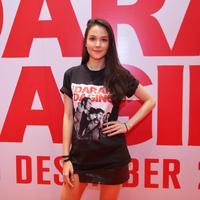 Estelle Linden, saat ditemui di press screening film Darah Daging di kawasan Kuningan, Jakarta Selatan, Senin (2/12/2019). (Adrian Putra/Fimela.com)
