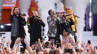 "Aksi panggung Backstreet Boys saat menghibur penonton  ABC ""Good Morning America"" di SummerStage di Rumsey Playfield, Central Park, New York (13/7). (AFP Photo/Michael Loccisano)"