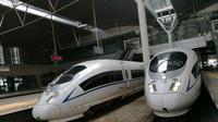 Kereta Cepat China di Stasiun Tianjin China (Foto: Iwan T)