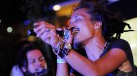 Ipang Lazuardi beraksi di launching album terbaru Pallo, Wortel dan Brokoli, Jakarta, Senin (26/5/2014) (Liputan6.com/Faisal R Syam).