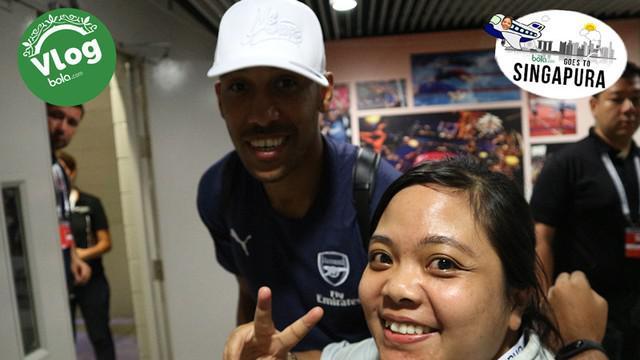 Berita video Vlog Bola.com kali ini langsung dari International Champions Cup (ICC) di Singapura, di mana bertemu dengan dua bintang Arsenal, Pierre-Emerick Aubameyang dan Hector Bellerin, setelah pertandingan.