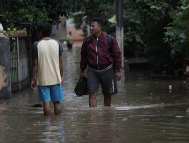 Intensitas Hujan Tinggi, Cipinang Melayu Terendam Banjir