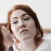 Cara Memakai Eyeliner (sumber: Unshplash)