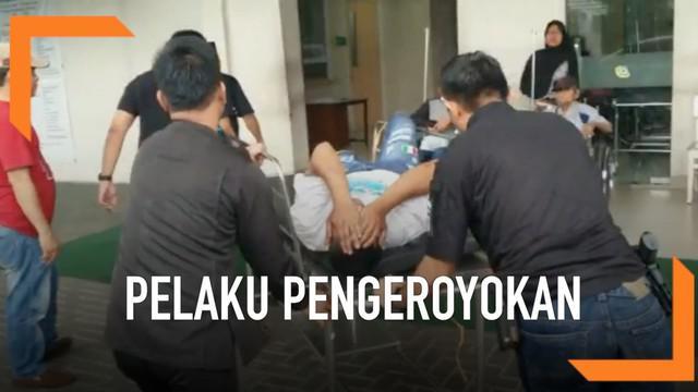 Polres Metro Jakarta Barat menangkap dan menembak para pelaku pengeroyokan anggota FBR di sebuah hotel di Jakarta Barat. Pelaku dilumpuhkan karena melawan saat ditangkap.