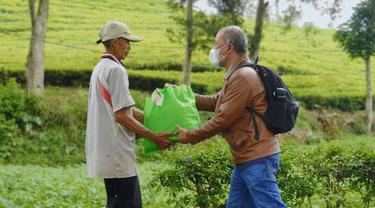 Gerakan Sukarela Solidaritas ASN Jabar Salurkan 7.946 Paket Sembako