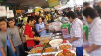 """Di daerah Jakarta Pusat ada pasar jajanan yang setiap tahunnya pada bulan ramadhan selalu ramai di kunjungi yaitu """"Pasar Bendungan Hilir"""""""