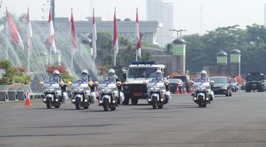 Gagahnya Rangkaian Kendaraan Pengawal Presiden Jokowi
