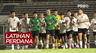 Berita Video Timnas Indonesia Jalani Latihan di Bulan Ramadhan, Dipimpin Nova Arianto